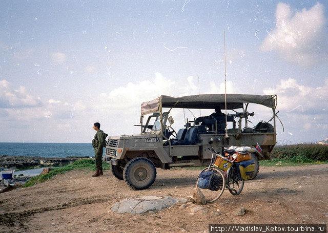 Израильский патрульный джип.