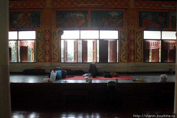 Помост для монахов — на нем и спали