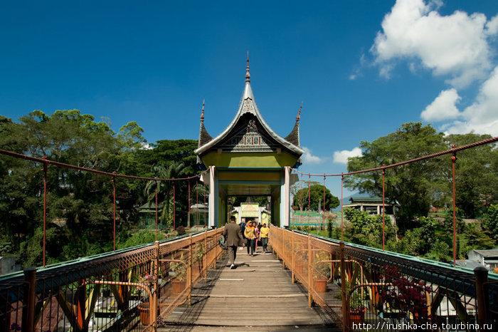 Мост на другой холм.