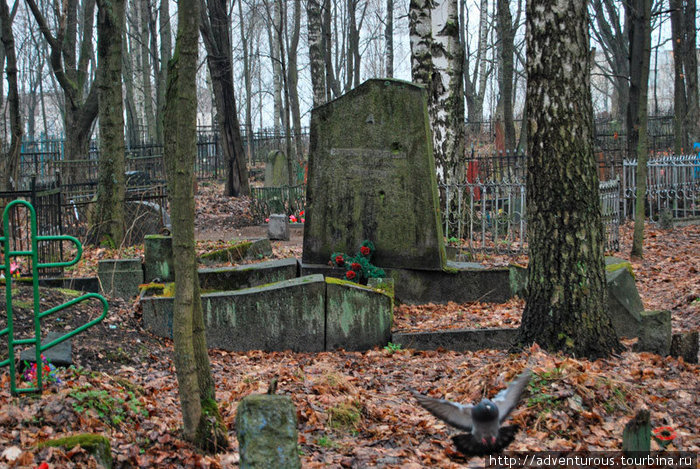 картинки старинных кладбище