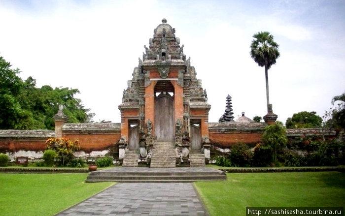 Храм Таман