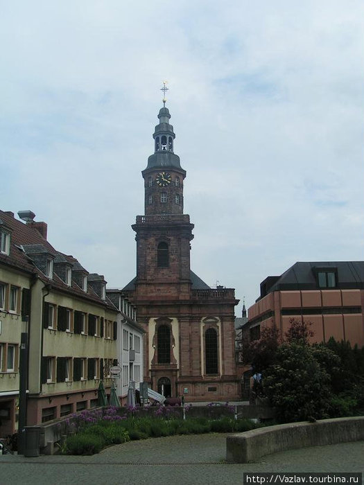 Здание церкви