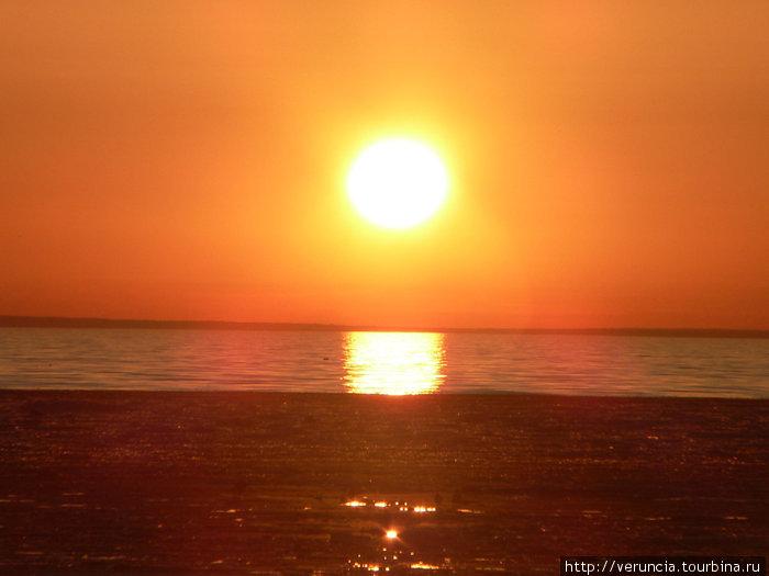 Что может быть красивее заката над Финским заливом?