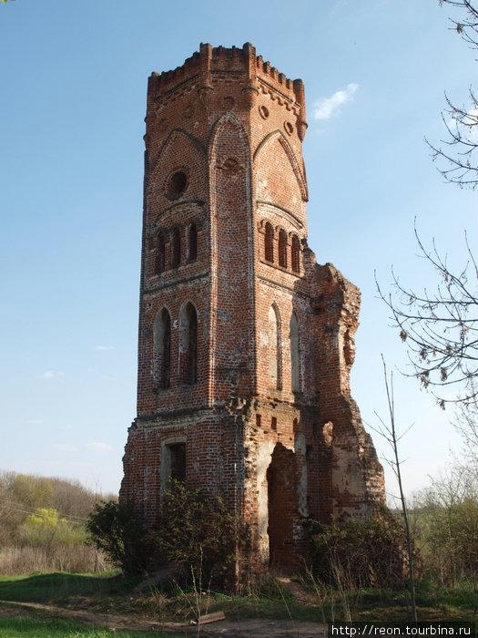 Угловая башня — все, что осталось от дворца Кожина