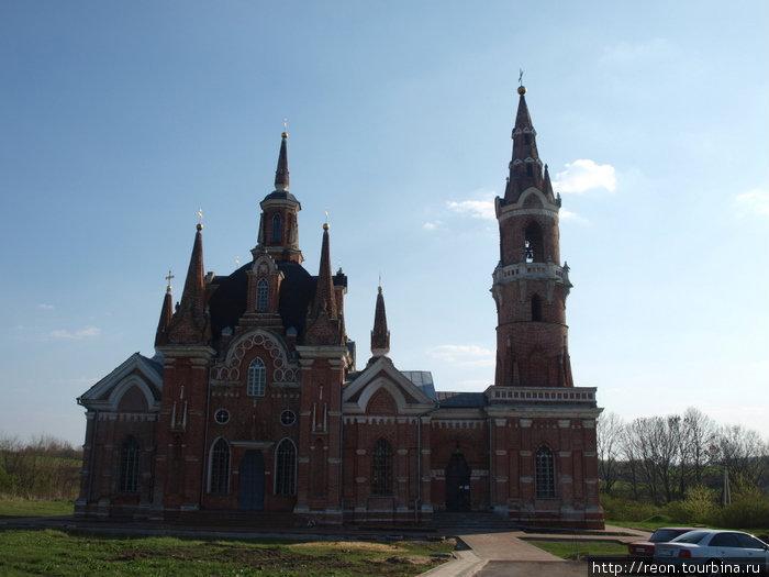Знаменский храм с колокольней