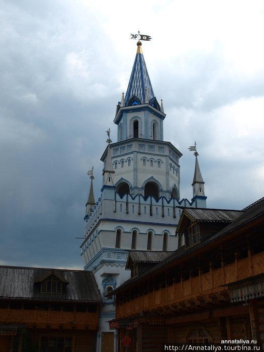 Одна из башен