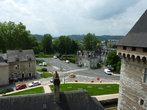 Вид на город со стены  замка Шато де По