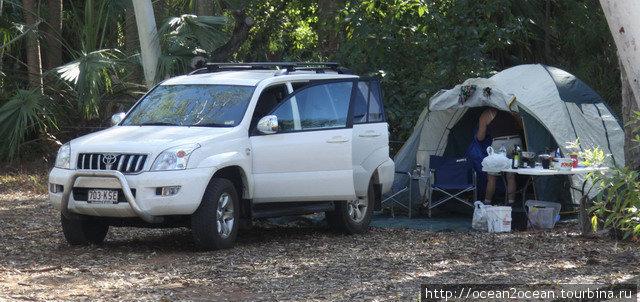 Или просто жить на природе в кемпинге национального парка в палатке.