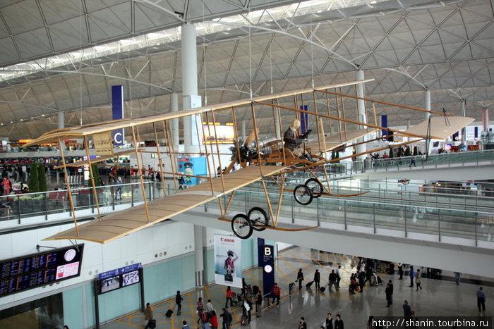 Всего сто лет прошло с тех пор, как летали подобные этой