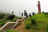 Лестница на холм со статуей Апостола Петра
