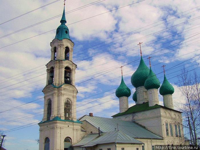 Воскресенская церковь в селе Левашово