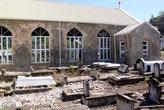 Кладбище у церкви