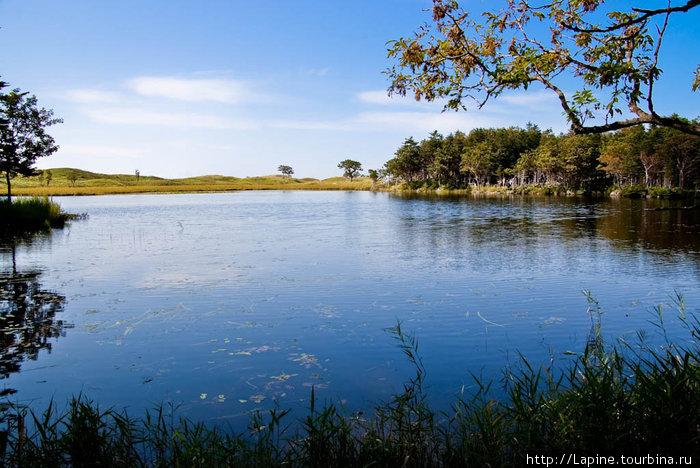 Первое из Пяти озер Сиретоко.