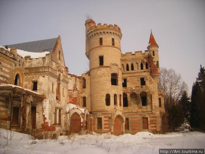 замок, парадный вход