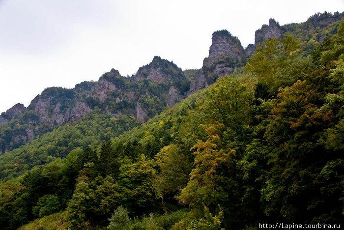 Скалы ущелья Соункё