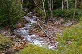 В Исикари впадает ручей