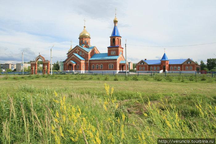 Нарядный храм на Химмаше. Рузаевка, Россия