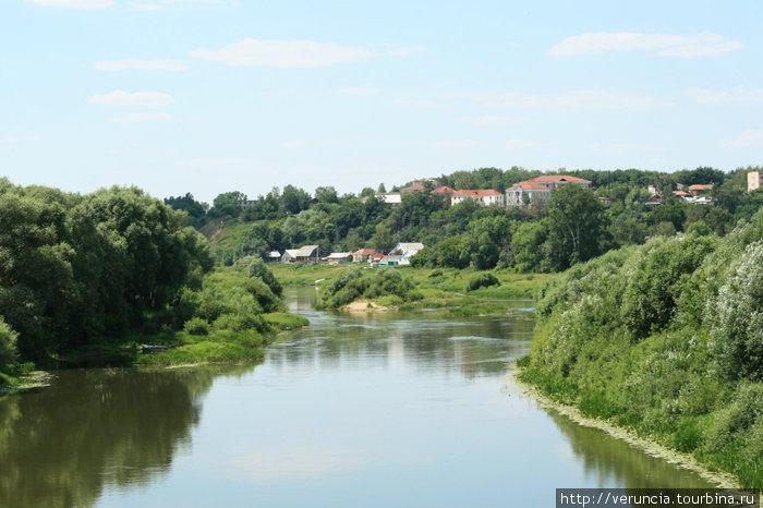 Река Мокша и городок на х