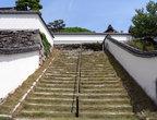В Такахаси много храмов, это — вход в один из них.