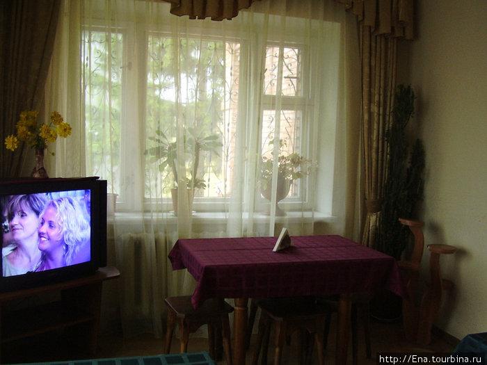 Ростов. ГД на Радищева. Уютная гостиная, где накрывают вкусные завтраки