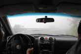Аккуратней на поворотах, за рулём лучше не спешить