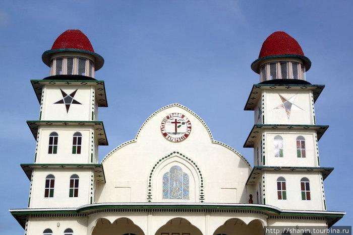 Церковь с двумя башенками