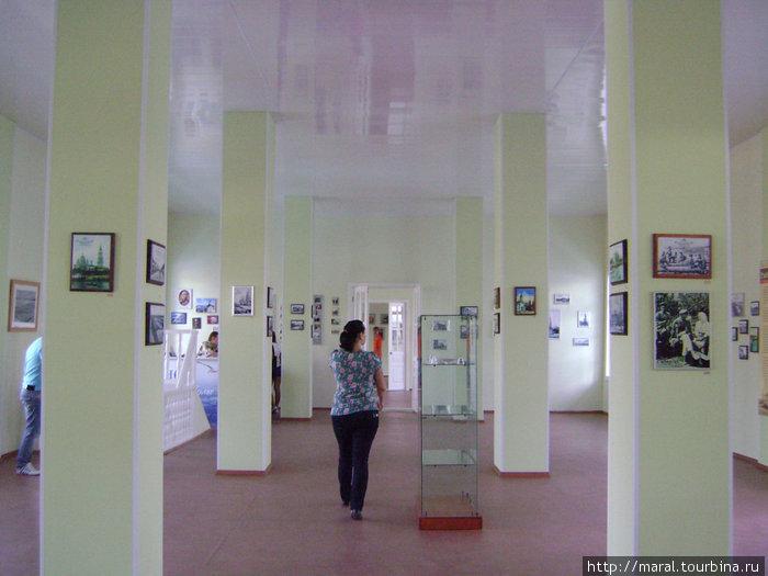 Кому шоппинг уже надоел, могут ознакомиться в летнем музее с экспозицией, посвященной историческому прошлому Рыбинска