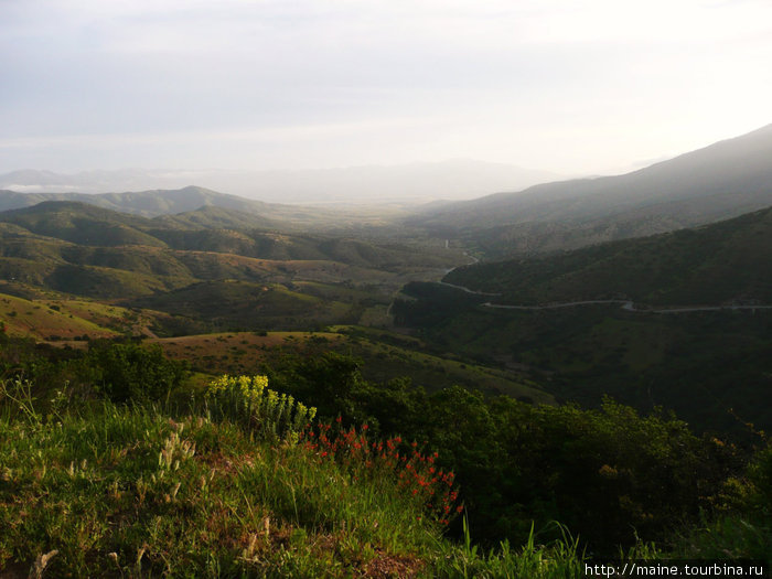 150 км от Сантьяго на север мы взяли сельскую дорогу на город Андаколло.
