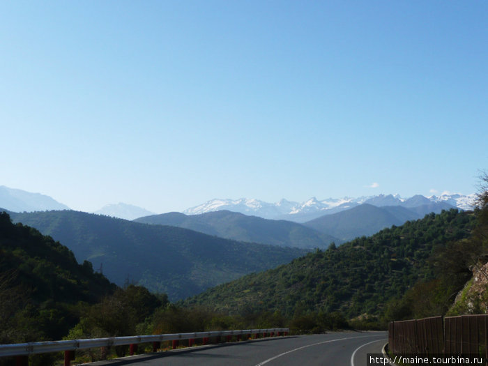 Километров 200 к югу от Сантьяго.Мы едем отдыхать в термы,где когда-то отдыхали солдаты испанских завоевателей.