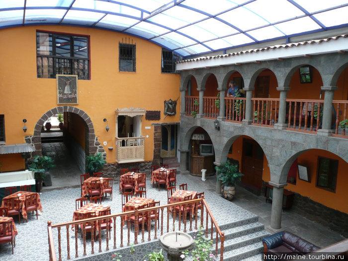 Наша первая гостиница в Куско.