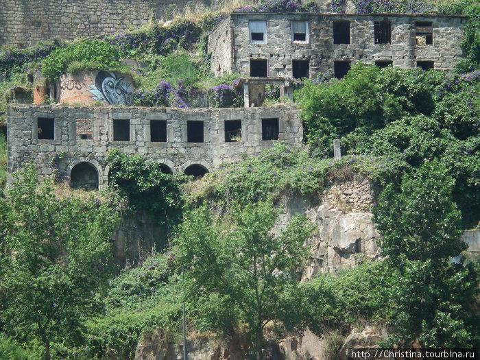 Покинутый город Порту.