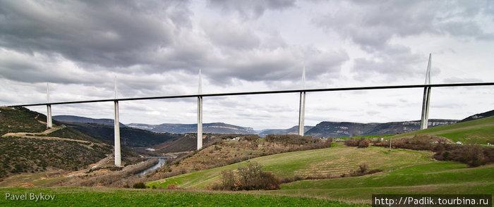 Сам мост Мийо, Франция