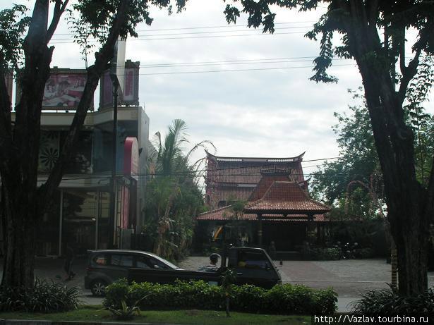 Застройка Сурабайя, Индонезия