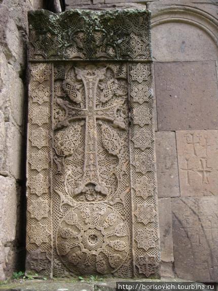 хачкар знаменитого мастера Погоса (1291г.)