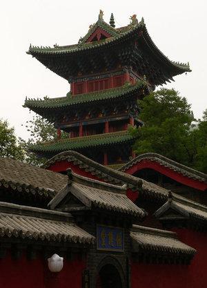 Все здания монастыря Шаолинь — современной постройки.