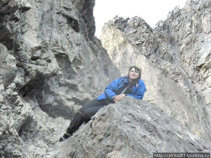 скалы на Искандер-куле