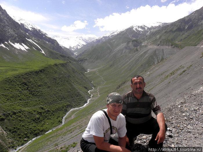 Ущелье на пути к Искандер-кулю