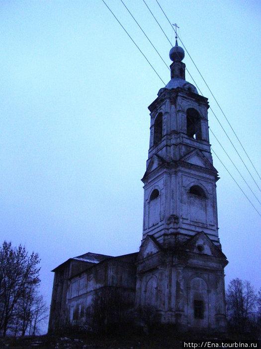 Колокольня Петропавловской церкви