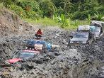 Попал в чужую колею. Глубокую... Трасса Набире--Энаротали, Новая Гвинея
