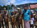 В Энаротали, с окультуренными папуасами