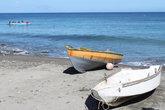Главный инструмент рыбака- лодка и сеть
