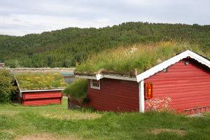 Традиционные земляные крыши