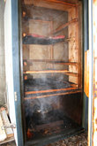 Коптилка из старого холодильника