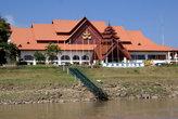 Бирманское казино — на территории Мьянмы