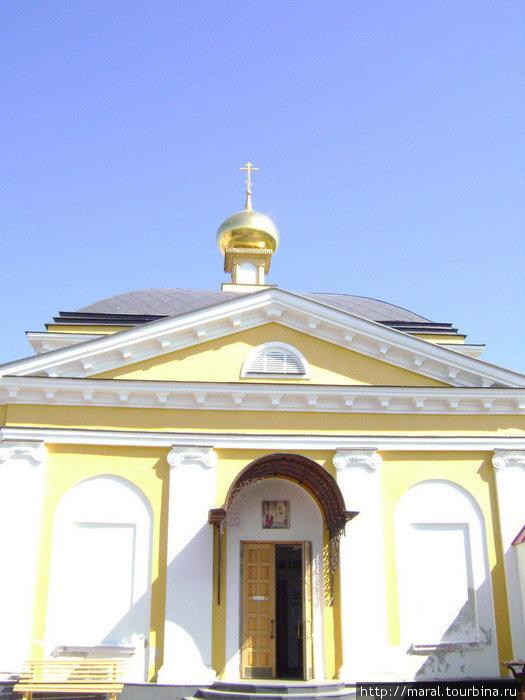 После реконструкци Введенская церковь, которую многие годы использовали в качестве птичника-инкубатора, обрела утраченное великолепие
