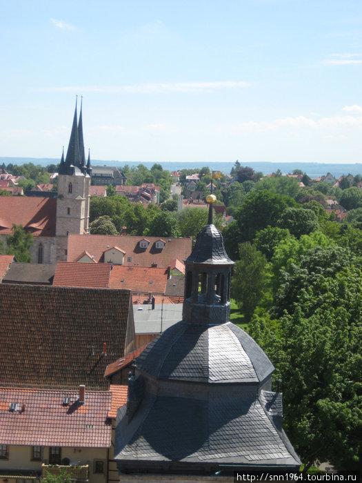 Церкви с башни Воронов Мюльхаузен, Германия