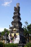 Центральная башня храма Пура Агунг