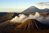 Сразу три вулкана — Баток, Бромо и Семеру