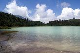 Озеро на плато Диенг