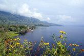 Вид на озеро Тоба с острова Самосир